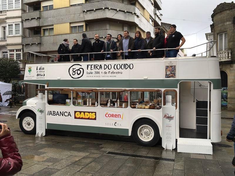 Movilbus y el Bus inglés do Cocido de Lalín