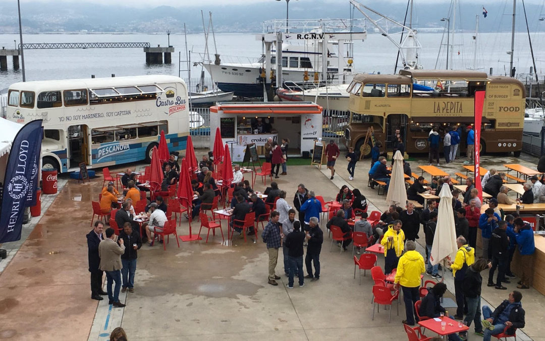 Movilbus en el Campeonato del mundo de vela con stand de Croketas, Gastrobus Pescanova y Foodtruck La Pepita