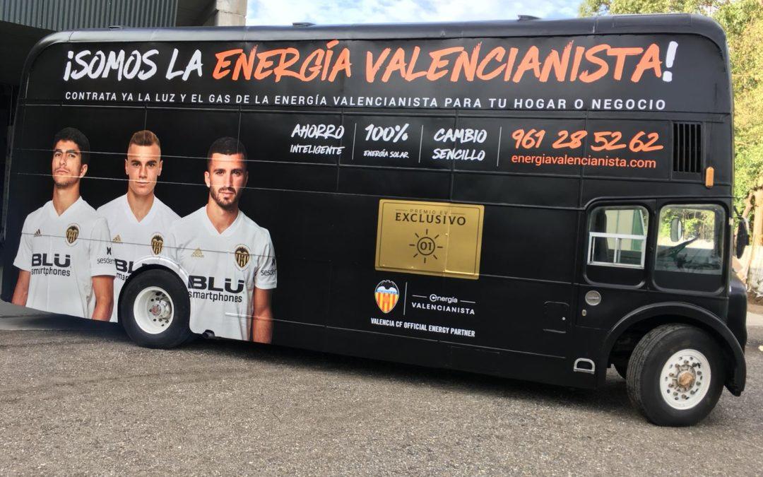 Bus inglés para Energía Valencianista