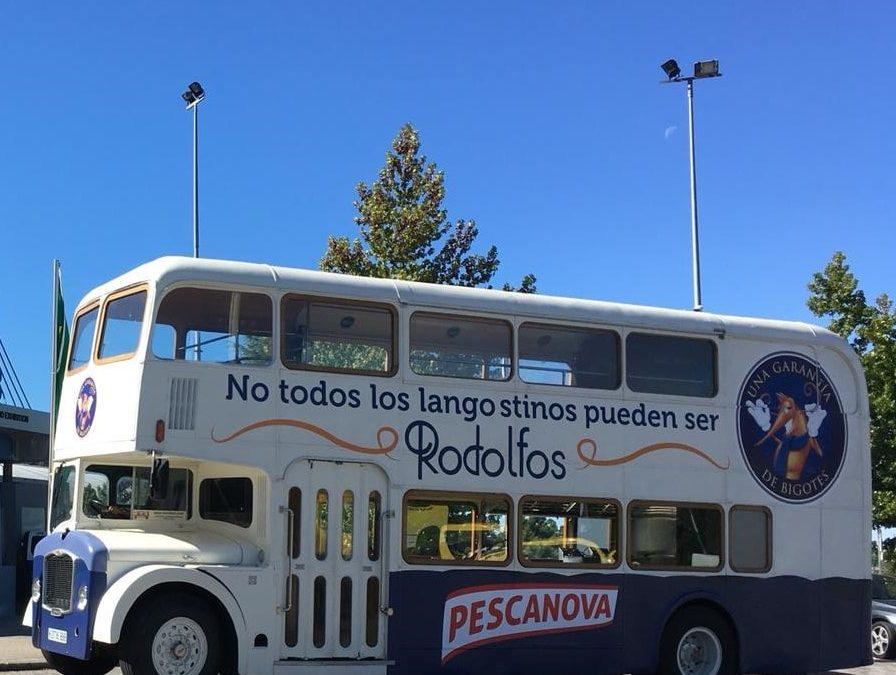 Nuevo vinilado integral para el gastrobus foodtruck de Pescanova